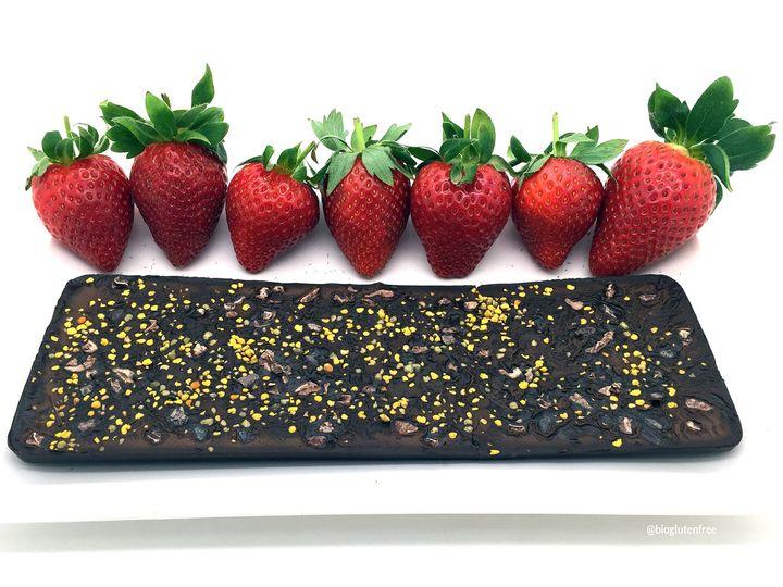 tableta de chocolate hecha con coco