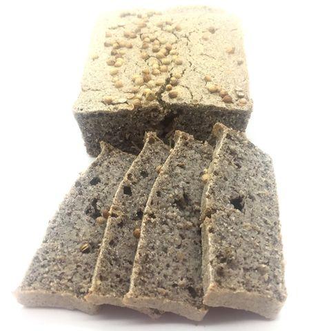 pan de sarraceno sin levadura cortado