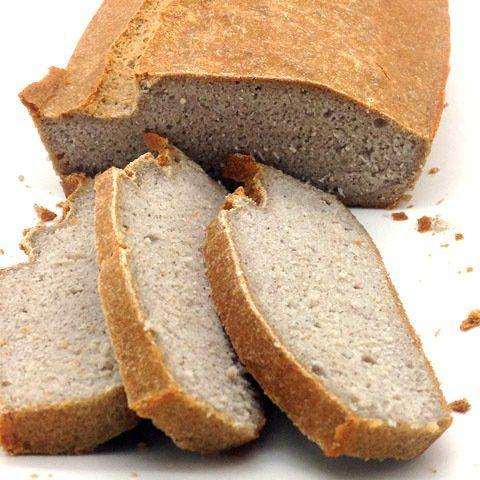 pan de sarraceno con levadura cortado