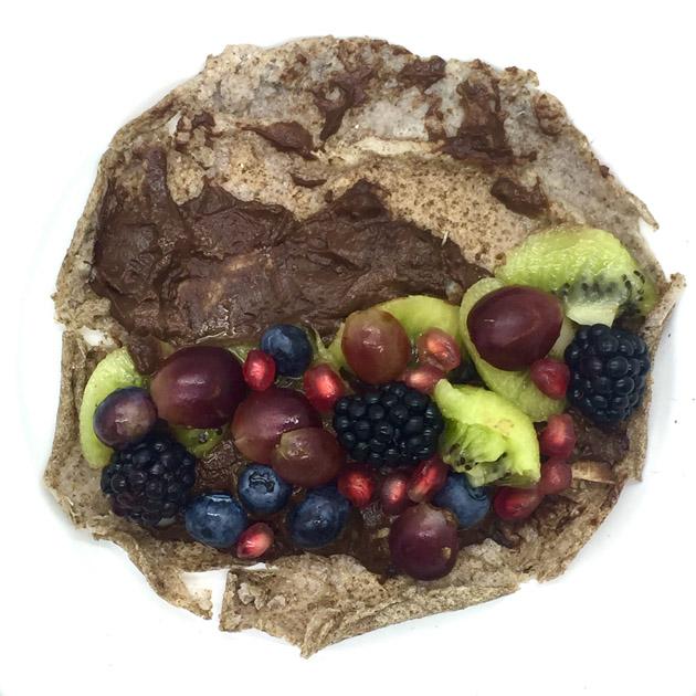 crepe con frutas y nocilla saludable